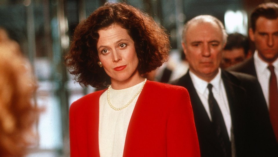 sigourney_weaver_in_working_girl_-_h_2015